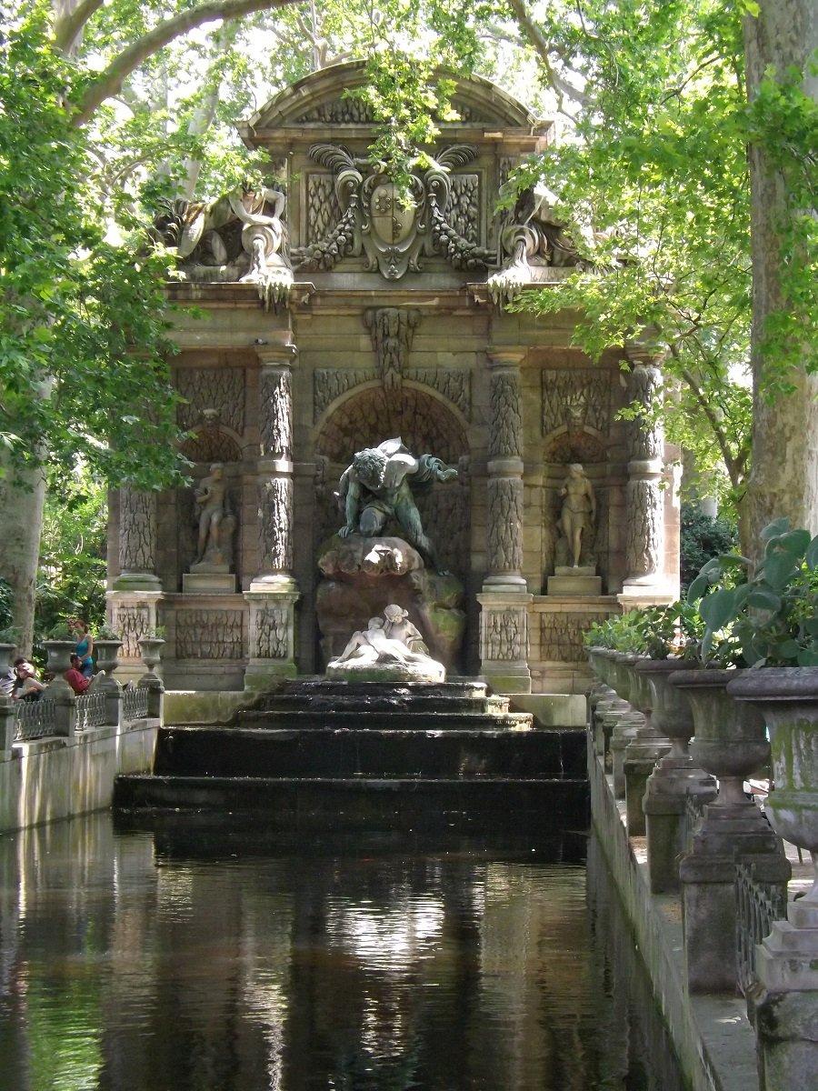 fontaine médicis 2