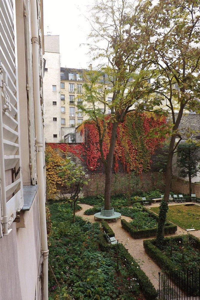 jardin atelier delacroix depuis escalier